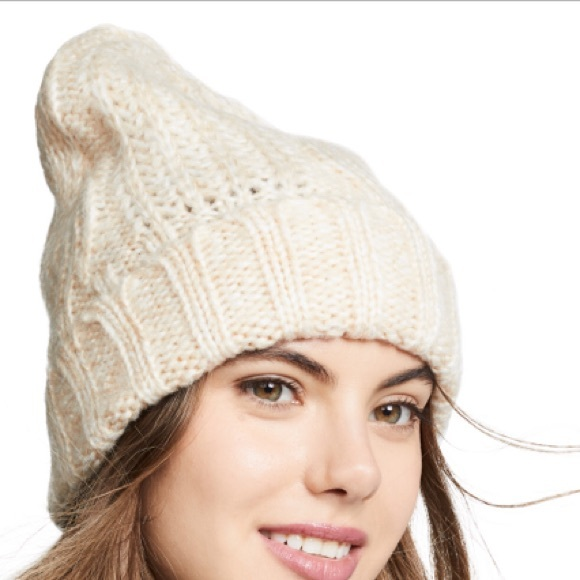 Free People Accessories - NWT Free People Ivory Beanie